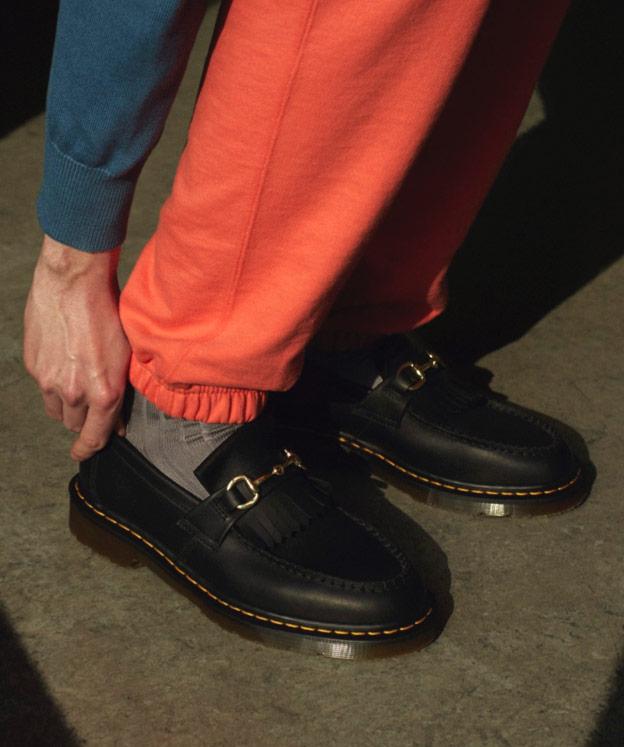 DR. MARTENS ADRIAN Snaffle Schuhe Doc Docs Tassel Loafer